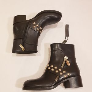 NWOB Capezzani Italian Leather Studded Ankle Boots
